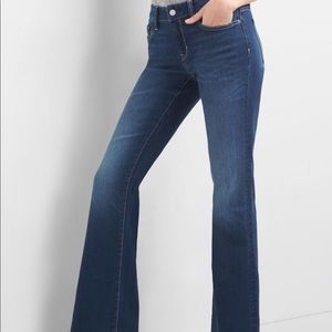 NWT Gap 1969 Long and Lean flare jeans Sz 28P